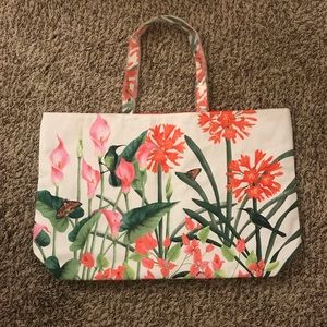 White Floral Estēe Lauder Tote Bag